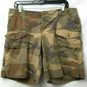 London Jeans Camo Womens Sz 12 Shorts